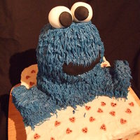 Cookie Monster Valentines i had this one in my head for so long! used the bear pan and grass tip for cookie monster. the base is a giant cake with cookie dough...