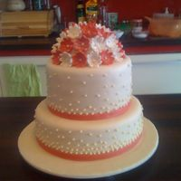 Little Wedding Cake With Pearls