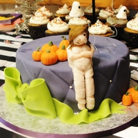 Halloween Baby Shower!! So this was MY Baby Shower cake.. Now I was planning on making my own cake anyways, but my shower was supposed to be in NOVEMBER! My Mum...