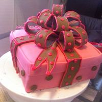 Pink Gift Box Pink Gift Box Cake w/ Brown Loopy Bow