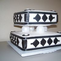 Black & White Wedding Cake...my First One!!