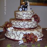 Fall Motorcycle Wedding Cake I done this 3 tier Wedding Cake this past weekend (Oct. 3) for a friend. She picked the picture from a magazine and I done my best to copy...