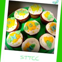 Springtime Cupcakes White cake with cream cheese bc. TFL