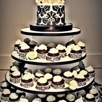 Andrea 6 inch black and white damask cake with 100 chocolate banana cupcakes with cream cheese icing