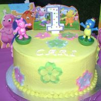 Backyardigans I made this cake for my daughter's first birthday. This is actually the first cake I make.