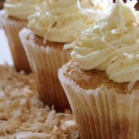 Coconut Cream Pie Cupcakes Vegan Coconut & vanilla bean cupcake with Coconut & vanilla bean buttercream( made with nonhydrogenated shortening &...