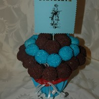 Cake Pop Bouquet chocolate and vanilla cake pops, for a cowboy party