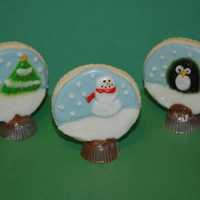 Snow Globe Cookies Sugar cookies, royal icing, chocolate cups
