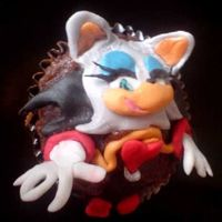 'rouge The Bat' - Sonic's Friend Cupcake Sonic's friend, 'Rouge the Bat' cupcake turned out great too! Was happy with her! And she went to one of the lil girls in...