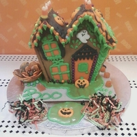 2009 Halloween Ginger Bread House Wilton Demo done for Michaels Sat Sept 26th in Orlando, Florida