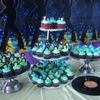 Disco Party Cupcakes Records made from fondant