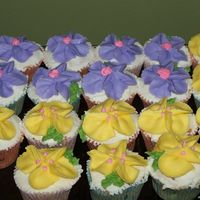Flowered Cupcakes (Multi-Colored)