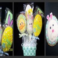 Easter Cookies NFSC w/Antonia's RI - This small bouquet was fun to make with the little chick peeking out and the bunny peeking over - The Fondant (...