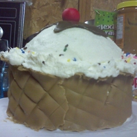 Ice Cream Waffle Cup I got bored and wanted to make a cake, so this is what I made.. :)