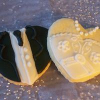 Bride & Groom Ri Sugar Cookie I was so impressed with the decorated bride and groom cookies on this site I couldn't help but give them a try myself. They were so...