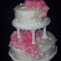 Tierd Roses tiered cake with pink roses