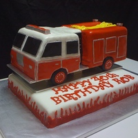 Fire Truck This is the second fire truck I have done. They look so simple but wow do they take a long time. All accents are fondant. TFL!!