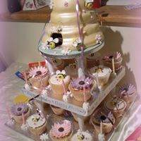 Beehive Cupcake Tower Complete picture of beehive cupcake tower.