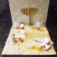 Chanuka Scene This was made for a display for the 'chanuka world' at my local community centre. it is made from gumpaste with piping gel for...