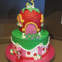 Strawberry Shortcake   buttercream w/ fondant accents