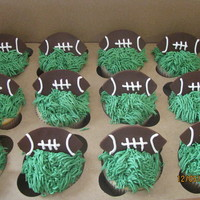 Football Cupcakes buttercream w/ fondant accents