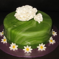 Marbled Green Fondant With White Flowers