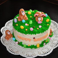 Easter Vanilla Buttercream cake with decorations in Fondant.