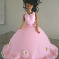 Doll Cake I know pretty much everyone has done one of these! I needed a quick cake for a little girls birthday...