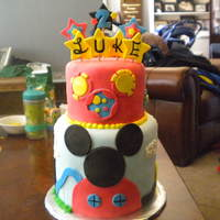 Mickey Mouse Who dosent love Mickey!This cake was so fun!