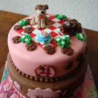Little Puppy Cake   For a little girl, who's crazy about dogs and puppy's.