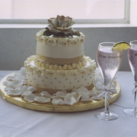 50 Th Wedding Anniversary The rose at the top of the cake is a porcelan keepsake