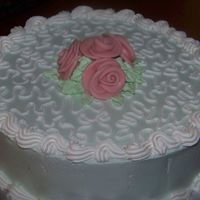 My First Fondant Roses Vanilla Caramel Cake with Bettercream frosting & fondant roses.