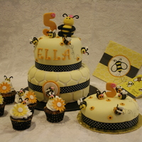 Bees Birthday Cake 5th birthday cake with cupcakes! Handmade bees and numbers with fondant.