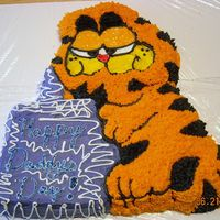 Garfield Cake For Daddy's Day made this for my hubby on fathers day..(from the kids) He loved this cake from when he was a kid.