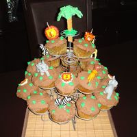 Jungle Safari Cupcakes.