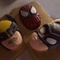 Super Hero fondant decoration to go on top of a cake !!
