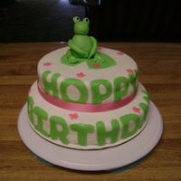 Frog Cake make with mmf top cake is whilte and bottom is chocolate...