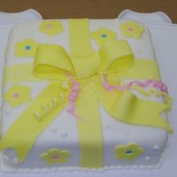 Wilton Course 3 Class 2   First time with fondant. It was fun. thank you for looking