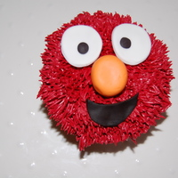 Elmo Cupcakes A special treat for an Elmo-loving toddler :-)elmo cupcake