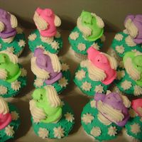 Peep Cupcakes Buttercream Icing, Peep on Lollipop Stick, Cute for Easter!