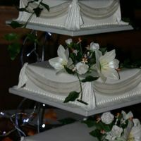 Wedding Cake With St Joseph's 3 tier sqr wedding cake