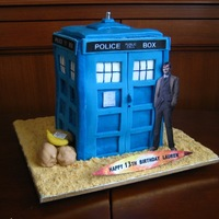 Doctor Who Tardis Cake