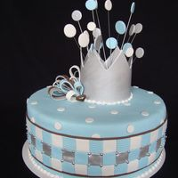 Babyshower Babyboy cake decorated with fondant designed by zoete kunst