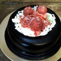 "Bowl Of Spaghetti And Meatballs Bowl of spaghetti & Meatballs! 2-layer, 9"" rounds, covered in fondant and painted black (serving as the bowl). The pasta is made..."
