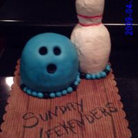 3D Bowling Cake