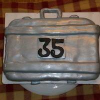 Deal Or No Deal Case bday cake for my dh. He's a big fan of the show, and turns 35.