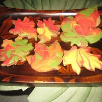 Fall Leaves   Maple flavored sugar cookies with Toba's Glace.