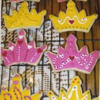 Cynde's Crowns  This is my friend's first solo cookie decorating! We baked and decorated flag cookies together one time before this. She made these...