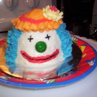 Mini Clown buttercream mini cake for a neighbor's b'day