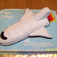 Spaceship Birthday Cake I wish I could remember the name of the CC member who posted one of their cakes on here! I just had to make it.....it was so cute!!!It is...